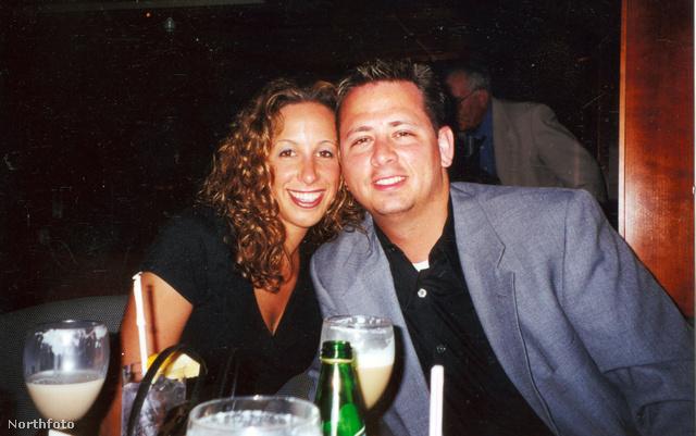 2001-ben, nem sokkal első gyermekük születése előtt