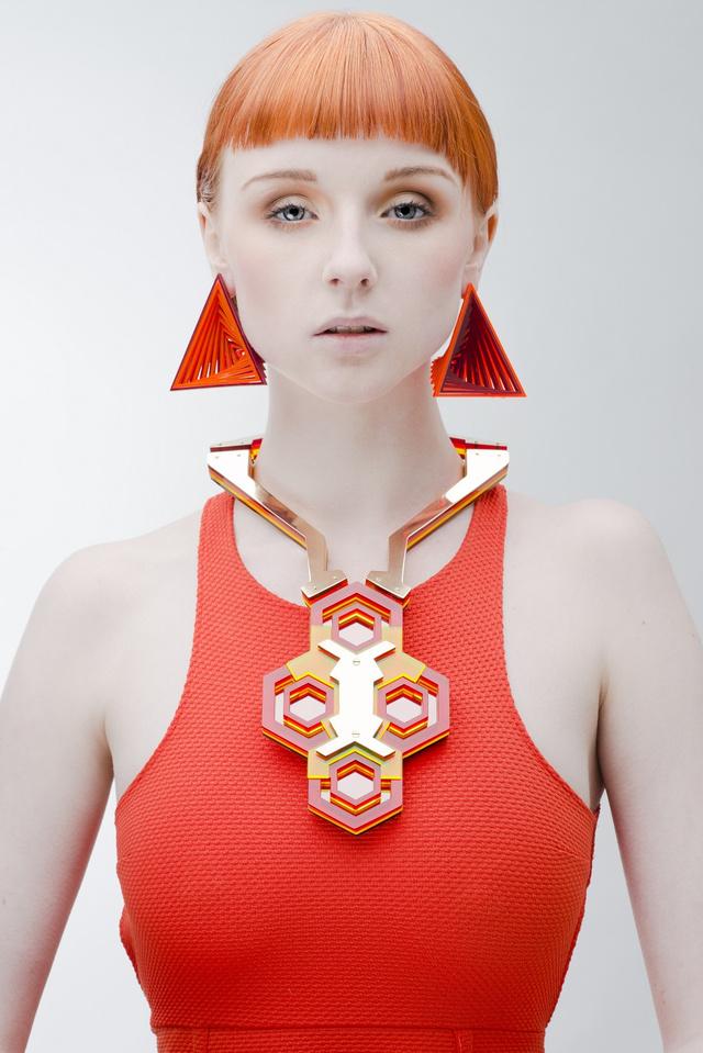 A statement, azaz hangsúlyos nyakláncok egy darabig nem mennek ki a divatból.