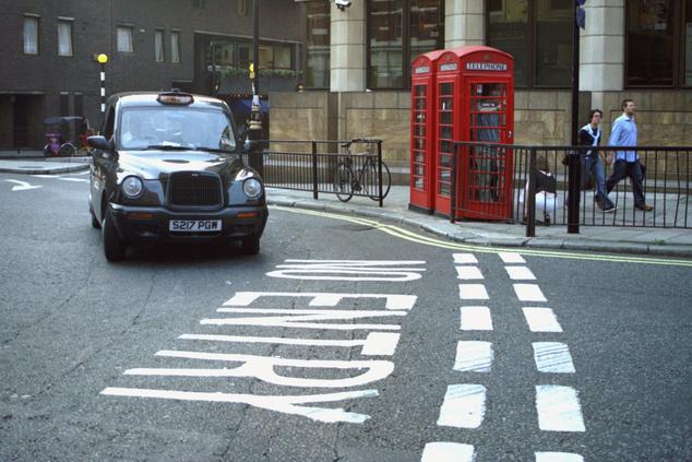 Londonban 3 fontot kérnek el a beszállásért, kilométerenként pedig átszámítva 660 forintot kell fizetnünk a sofőrnek                         Fotó: Northfoto