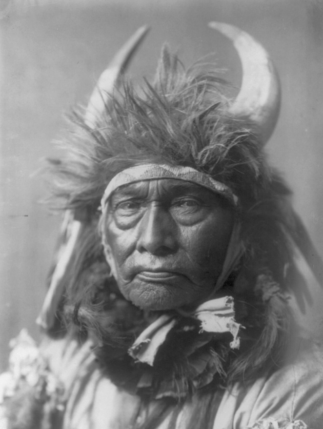 Bika főnök  – apszaroke indián (1908 körül)