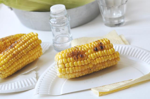 A kukorica grillezve is finom