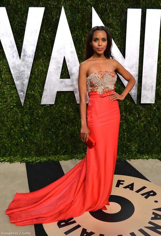 Ezt a ruhát viselte a magazin Oscar partiján, nekik pedig nyilvánvalóan ez lett a kedvencük.