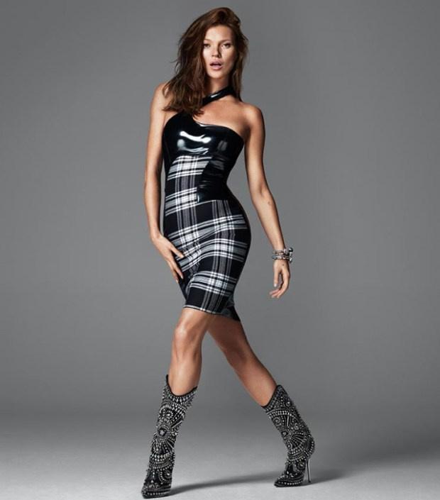 Kockás ruha Kate Mosson, a Versace őszi kampányában.
