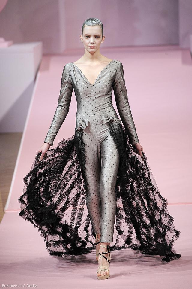 Srej Zsófi az Alexis Mabille 2013-as tavaszi/nyári Haute Couture bemutatóján.
