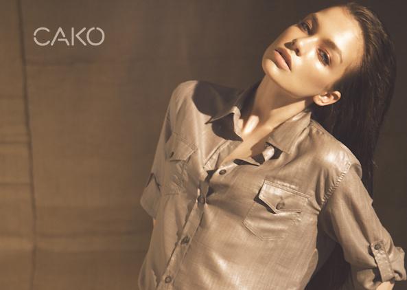 Cakó Kingát a fülledt nyári éjszakák hangulata ihlette meg.