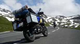 Fél tonnát egyensúlyozni az Alpokban