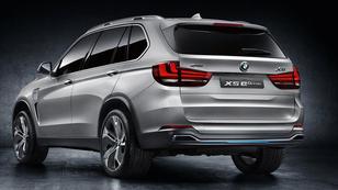 BMW X5 nevetséges fogyasztással?