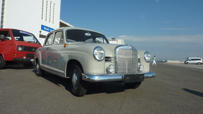 The 51 year old, but brand new Mercedes-Benz W120 Ponton of Zsolt Csikós