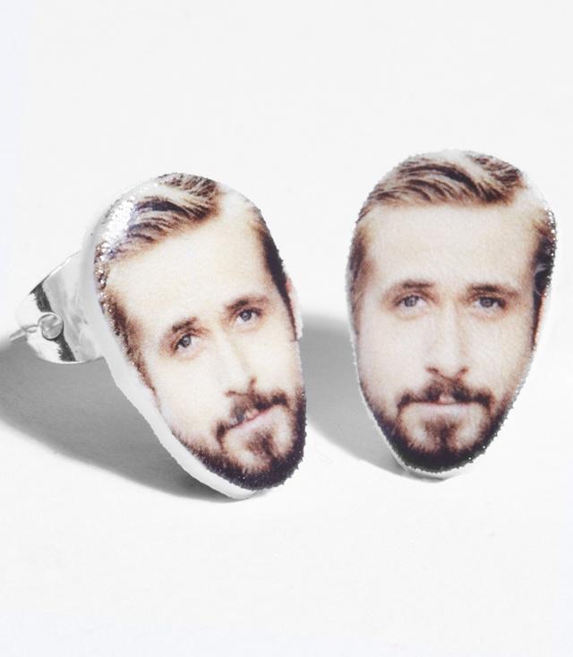 Ryan Gosling fülbevaló