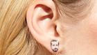 Ryan Gosling fülbevaló: menő vagy ciki?