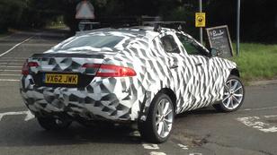 Lefotózták a Jaguar SUV-ját