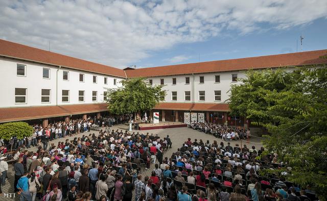 A hajdúsámsoni II. Rákóczi Ferenc Általános Iskola és Alapfokú Művészetoktatási Intézmény tanévnyitó ünnepsége
