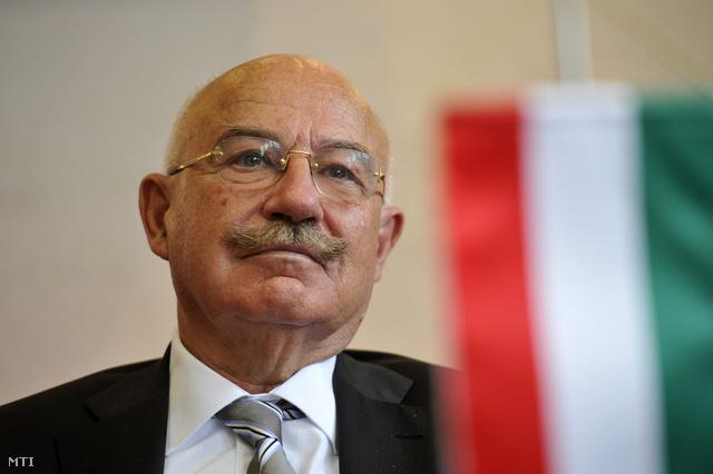 Martonyi János külügyminiszter
