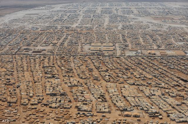 115 ezer szíriai menekült él ebben a jordániai menekülttáborban