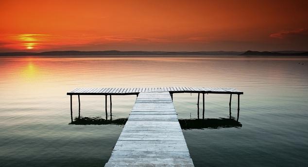 Egyetlen balatoni naplementét sem szabad kihagyni                          Fotó: Espíritu / Indafotó