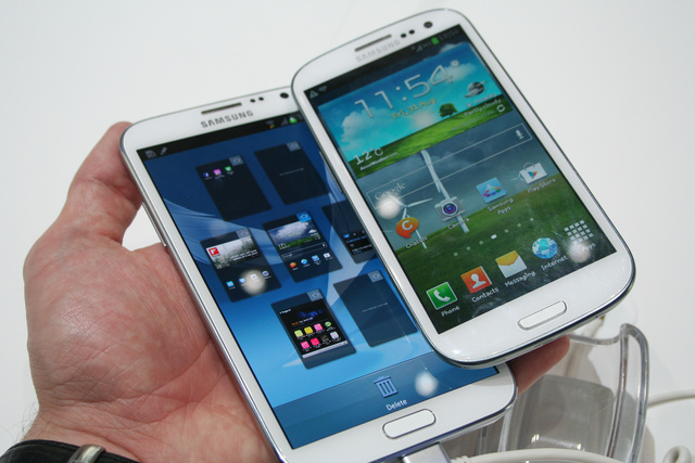 Samsung-Galaxy-Note-2-vs-S3