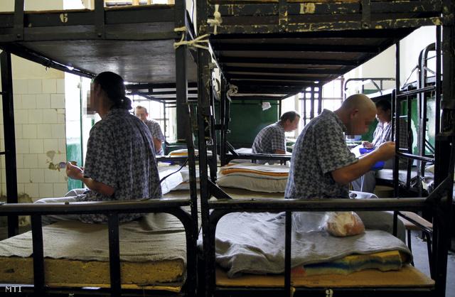 Elítéltek a miskolci börtönben