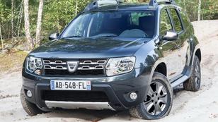 Körbefotózták az új Dacia Dustert