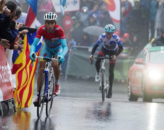 Vincenzo Nibali és Christopher Horner versenyez a 14. szakaszban