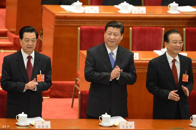 Hu Csin-tao leköszönt, Hszi Csin-ping új elnök és Ven Csia-pao leköszönő miniszterelnök március elején