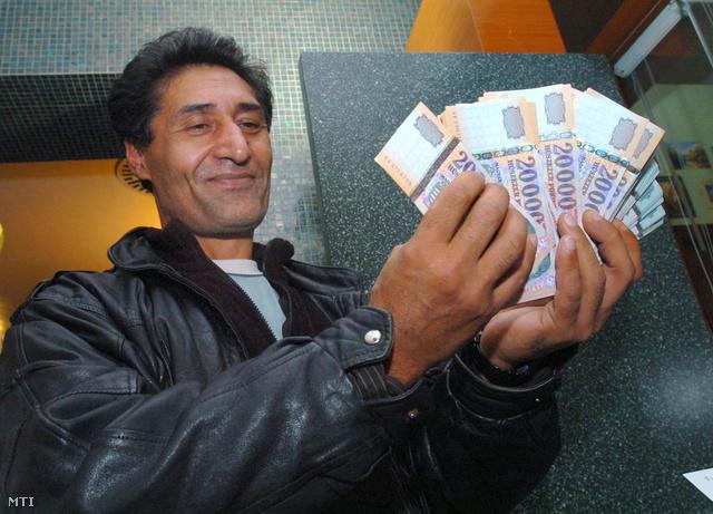 Burka Ferenc Debrecenben, 2007-ben. Hatéves fogva tartásáért többmilliós kártérítést kapott az államtól