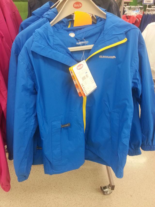 A Hervisben lemaradtak az őszről - kabát 5990.-