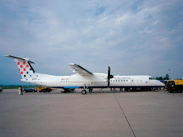 A Croatian Airlines egyik Dash 8 gépe