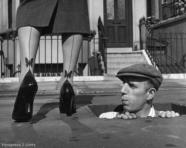 A nők mindent megtettek, hogy csinosabbnak tűnjön a lábuk. Az erőfeszítéseiknek meg is volt a jutalma.