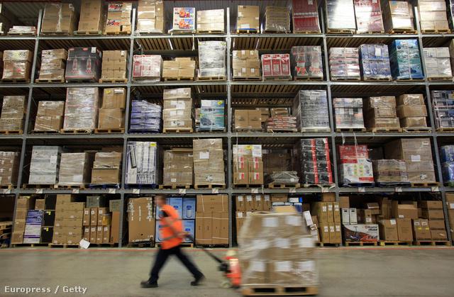 Az Amazon.com elosztó raktára