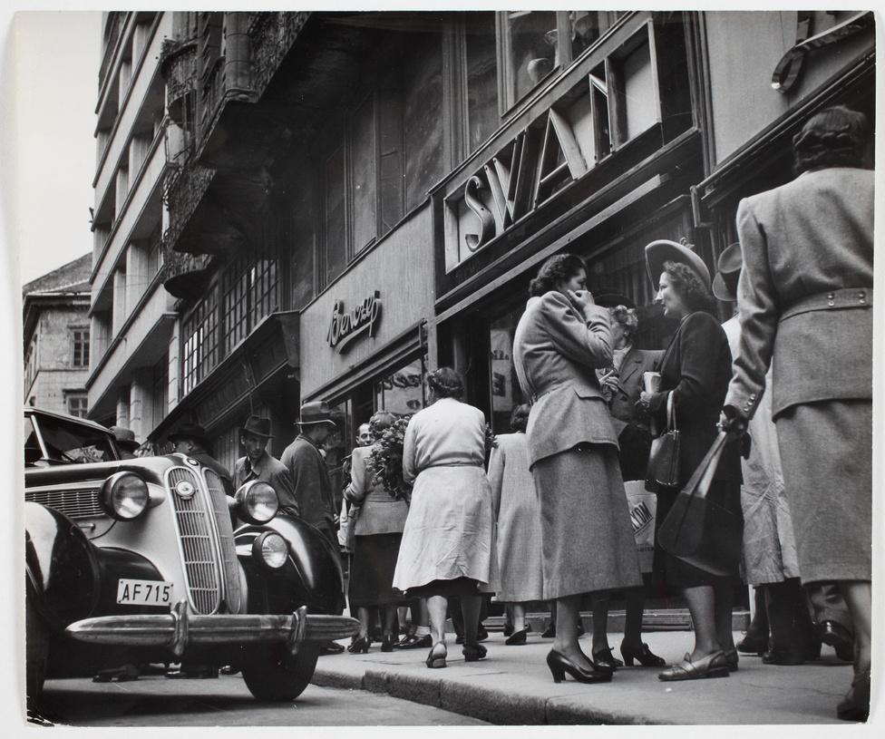 Budapest, 1948.; Archív kép az MNM gyűjteményéből