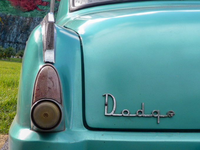 60 years don't pass without leaving a trace. Why do I feel that these battered, shabby roaches are the real, authentic vintage cars? Even though most of them are equipped with a diesel engine, a truck axle, and a multi-buttoned steering wheel.
