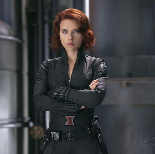 Scarlett Johansson, a Bosszúállók Fekete Özvegye.