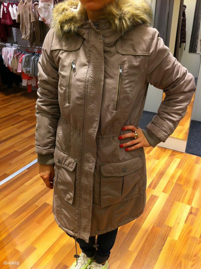 Már 10 ezer forintért kap meleg női kabátot Dívány