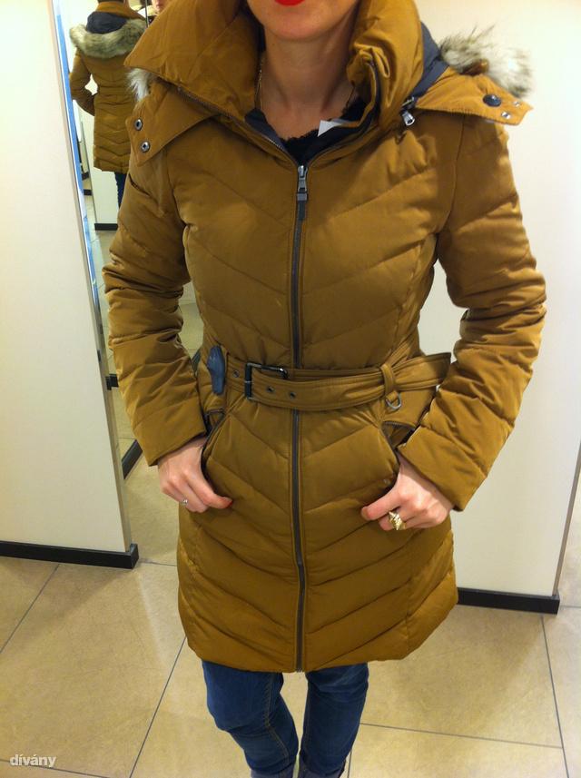 Dívány - Offline - Már 10 ezer forintért kap meleg női kabátot ceb357933e