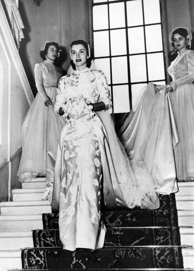 Az esküvői ruha, ami ismerté tette a nővéreket a filmvilágban.