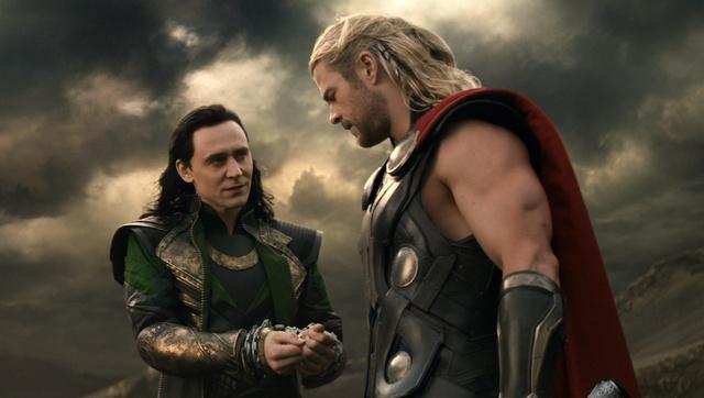 Thor és Loki megtárgyalják a napi teendőket