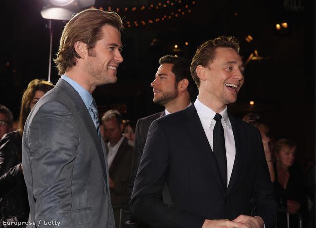 Hemsworth és Hiddleston
