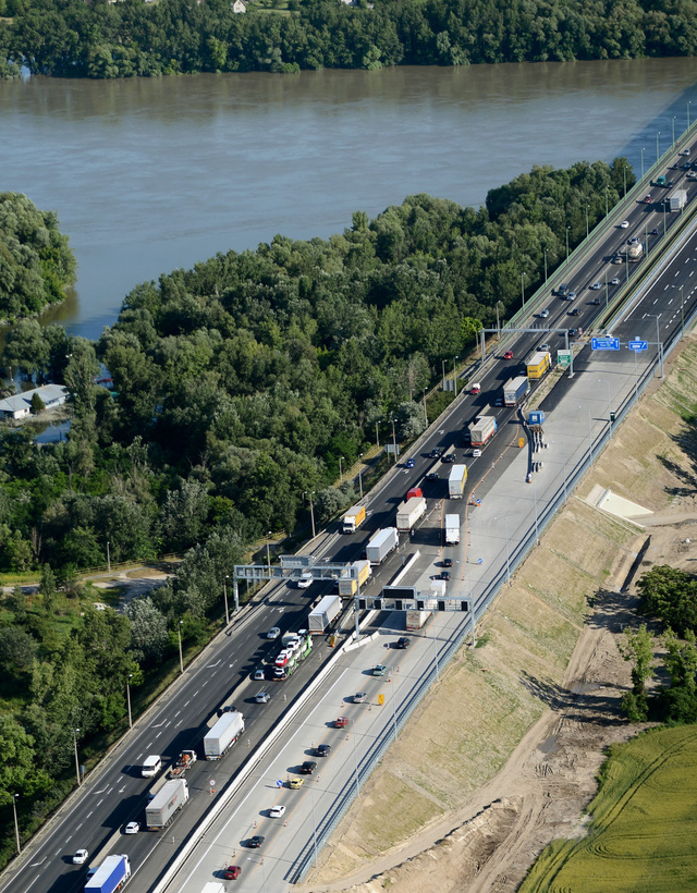 5321 A dunai arviz levonulasa utan igy nez ki Budapest