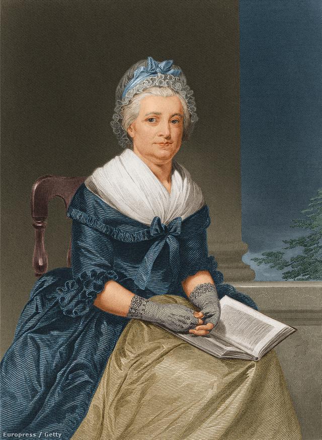 Martha Washington már abban az időben nagy divatdiktátor hírében állt, olyan designer darabokat varratott magának, amelyeket kortalan stílusuk és gazdag anyagaik miatt kiállítottak a National Museum of American History-ban is.