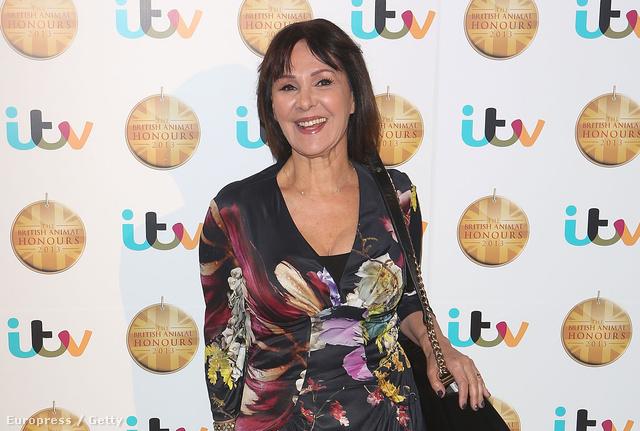 A Daily Mail cikk szerzője , Arlene Philips koreográfus, és nem híve a villantásnak. Ki hinné, hogy 70 éves?