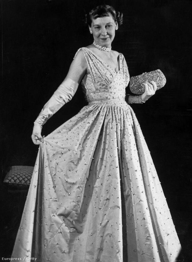 Mamie Eisenhowerről még egy pink árnyalatot is elneveztek akkoriban.