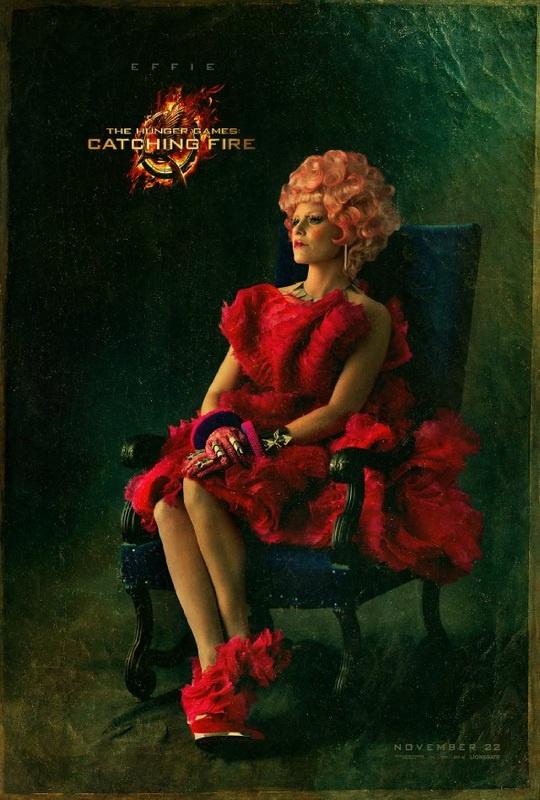 A kapitóliumi kísérő, Effie Trinket kapta a legtöbb McQueen ruhát a jelmezestől.