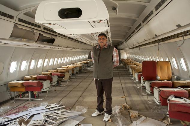 Rakesh Dixit és repülője