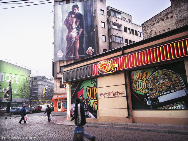 Nyerőgépterem Bukarestben