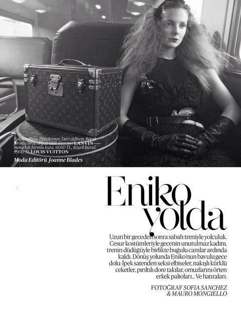 Vonatozós anyag a török Vogue-ban.
