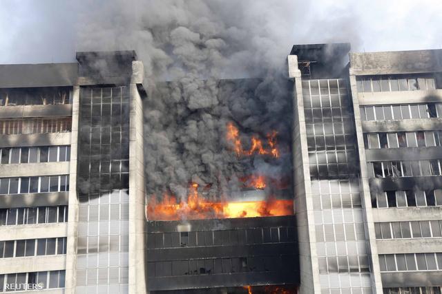 Tűz a Standard Group bangladesi gyárában
