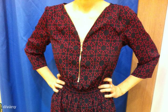 C&A: Korábban is ajánlottuk már ezt a ruhát, és most le is van árazva. Ár: 5590 Ft