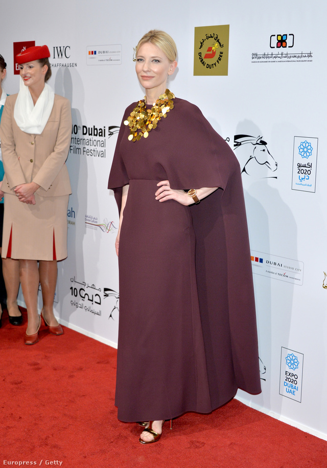 Cate Blanchett Valentinóban.