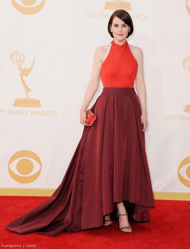 Michelle Dockery az Emmy-n, Pradában.