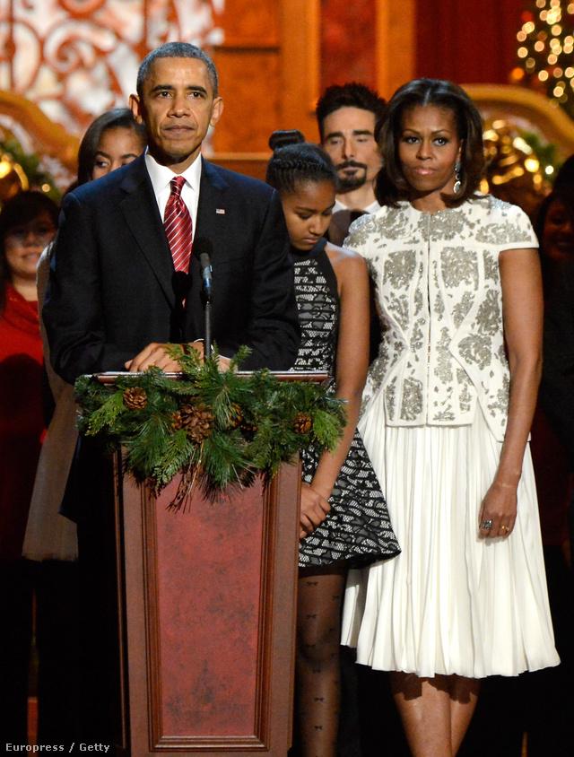Michelle Obama egy karácsonyi koncerten